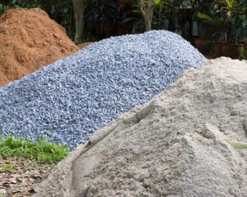 Доставка песка, щебня